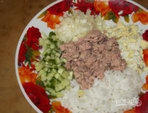 Салат из печени трески с рисом - фото шаг 6