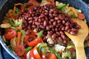 Свинина с овощами и красной фасолью - фото шаг 4