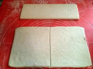 Пирог из слоеного теста с капустой - фото шаг 3