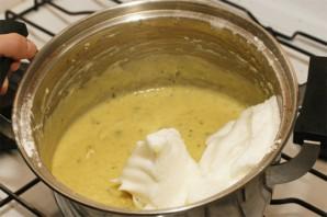 Суфле из кабачков с индейкой под соусом - фото шаг 2