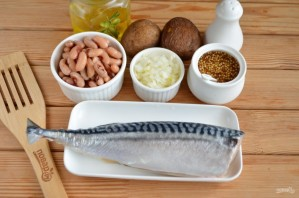 Салат из соленой скумбрии - фото шаг 1