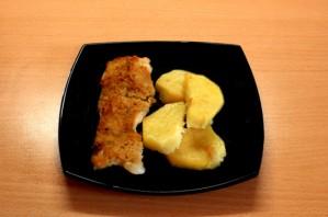 Пангасиус с картофелем в духовке - фото шаг 5