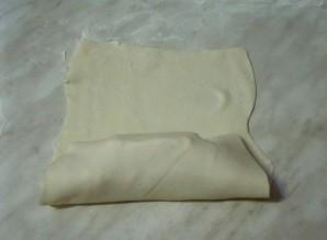 Слойки с сыром и сосисками - фото шаг 5