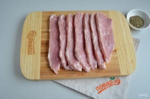 """Мясо в тесте """"Шахматная доска"""" - фото шаг 2"""