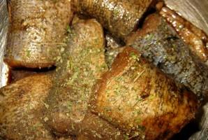 Щука в духовке с овощами - фото шаг 1