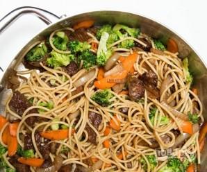 Макароны с мясом и овощами - фото шаг 12