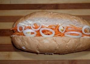 Хот-дог с корейской морковкой - фото шаг 4