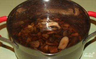 Грибы со свининой в духовке - фото шаг 3