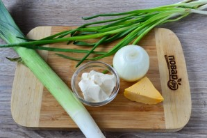 "Луковый суп ""Моя французская диета"" - фото шаг 1"