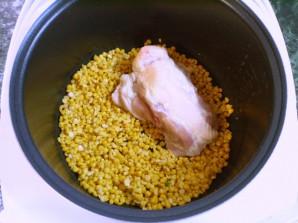 Гороховый суп с курицей в мультиварке - фото шаг 3