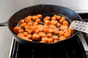 Молодая морковь, жаренная в карамели - фото шаг 4