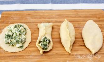 Пирожки с луком и яйцами - фото шаг 11