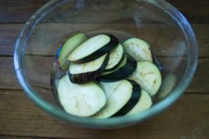 Баклажаны, запеченные с помидорами и сыром - фото шаг 2