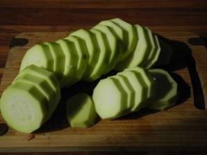Кабачки, запеченные с сыром - фото шаг 1