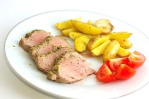 Свиная вырезка в духовке - фото шаг 10