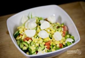 Салат с моцареллой - фото шаг 7