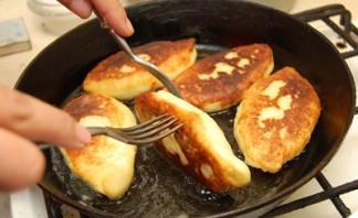 Сочни с картошкой - фото шаг 4