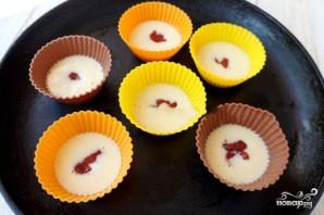 Кексы с вареньем - фото шаг 2