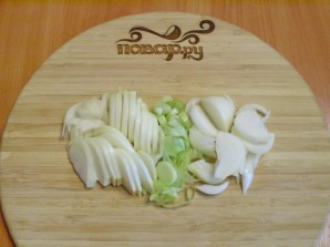 Тушеная картошка с грибами - фото шаг 2
