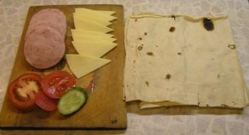 Бутерброды из лаваша - фото шаг 1