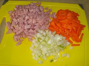Колбасный суп - фото шаг 1