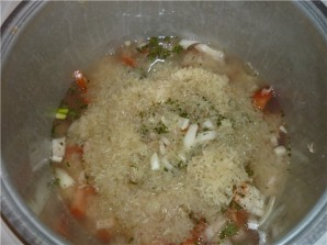 Рис с тушенкой в мультиварке - фото шаг 2