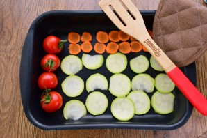 Теплый салат с пастой и запеченными овощами - фото шаг 1