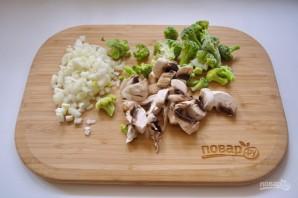 Киш с брокколи из слоеного теста - фото шаг 3