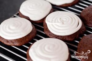 Печенье с зефирной начинкой и шоколадной глазурью - фото шаг 3