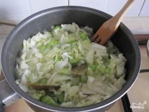 Крем-суп из шпината с сельдереем и капустой - фото шаг 2