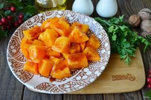 Салат из помидоров и грецких орехов - фото шаг 4