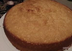 Бисквитный торт с вишнями - фото шаг 7