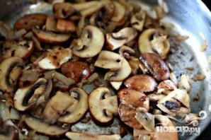 Колбаса с грибами и тортеллини - фото шаг 2
