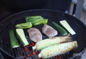 Cалат из кукурузы и курицы - фото шаг 4