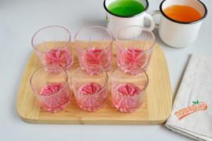 Слоеное желе в стаканчиках - фото шаг 4