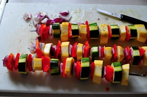 Шашлык из овощей - фото шаг 3