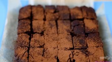 Брауни с бразильскими орехами - фото шаг 11