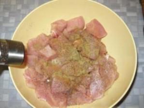 Кабачки с мясом в горшочках  - фото шаг 2
