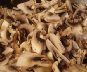 Суп с грибами и фасолью   - фото шаг 7