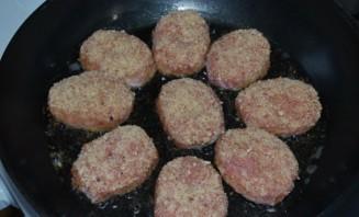 Тефтели из свинины с рисом - фото шаг 3