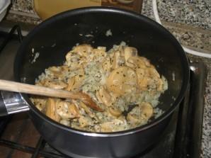 Курица с грибами - фото шаг 5