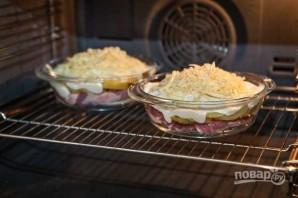 Картошка под шубой в духовке со свининой - фото шаг 14