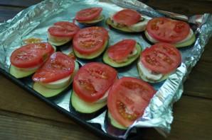 Баклажаны, запеченные с помидорами и сыром - фото шаг 5
