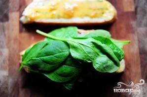 Горячие бутерброды с курицей и абрикосовым соусом - фото шаг 11