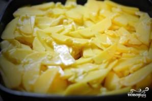 Форель, запеченная с картофелем - фото шаг 2