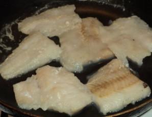 Рыба отварная с соусом польским - фото шаг 3