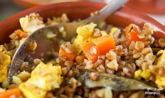 Гречка с овощами и сыром в горшочке - фото шаг 7