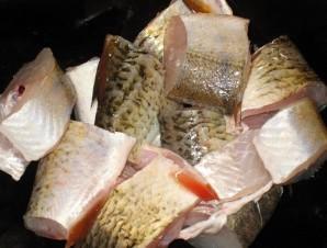 Рыба, жаренная в муке - фото шаг 1