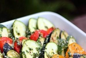 Овощи с моцареллой в духовке - фото шаг 3