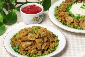 Салат с куриной печенью и грибами - фото шаг 5